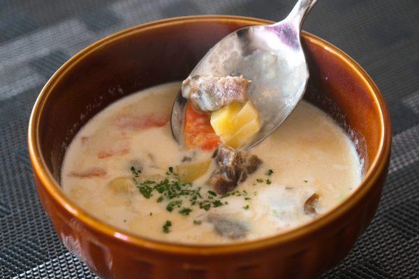牡蠣の佃煮のオイスターチャウダー